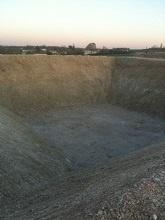 création d'un bassin pour récupérer les eaux de pluie